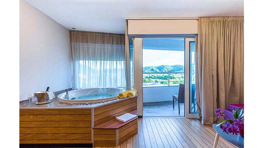 Kroatien-Kurzurlaub im Spa-Premium-Zimmer mit Jacuzzi für 2