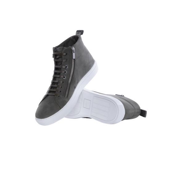 Sneaker Futurism_Hito