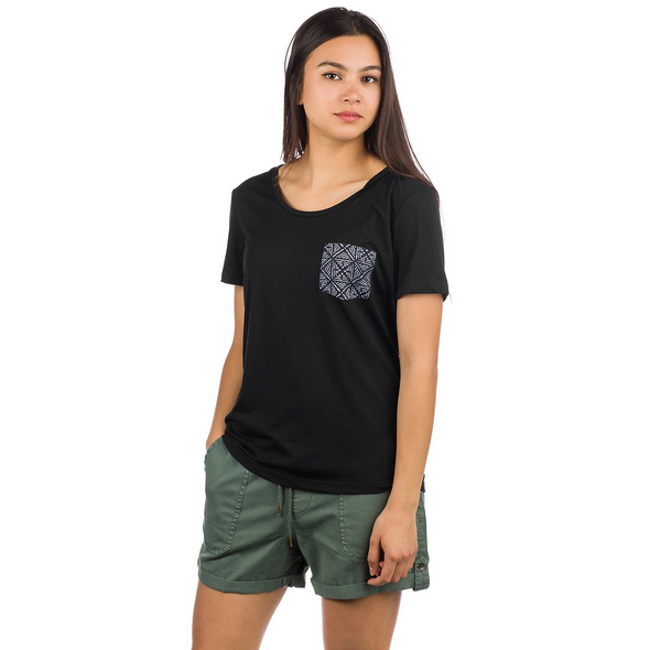 Beauty Pocket T-Shirt